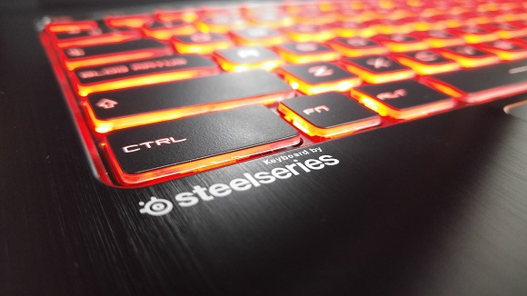 MSI GS63VR teclado steelseries
