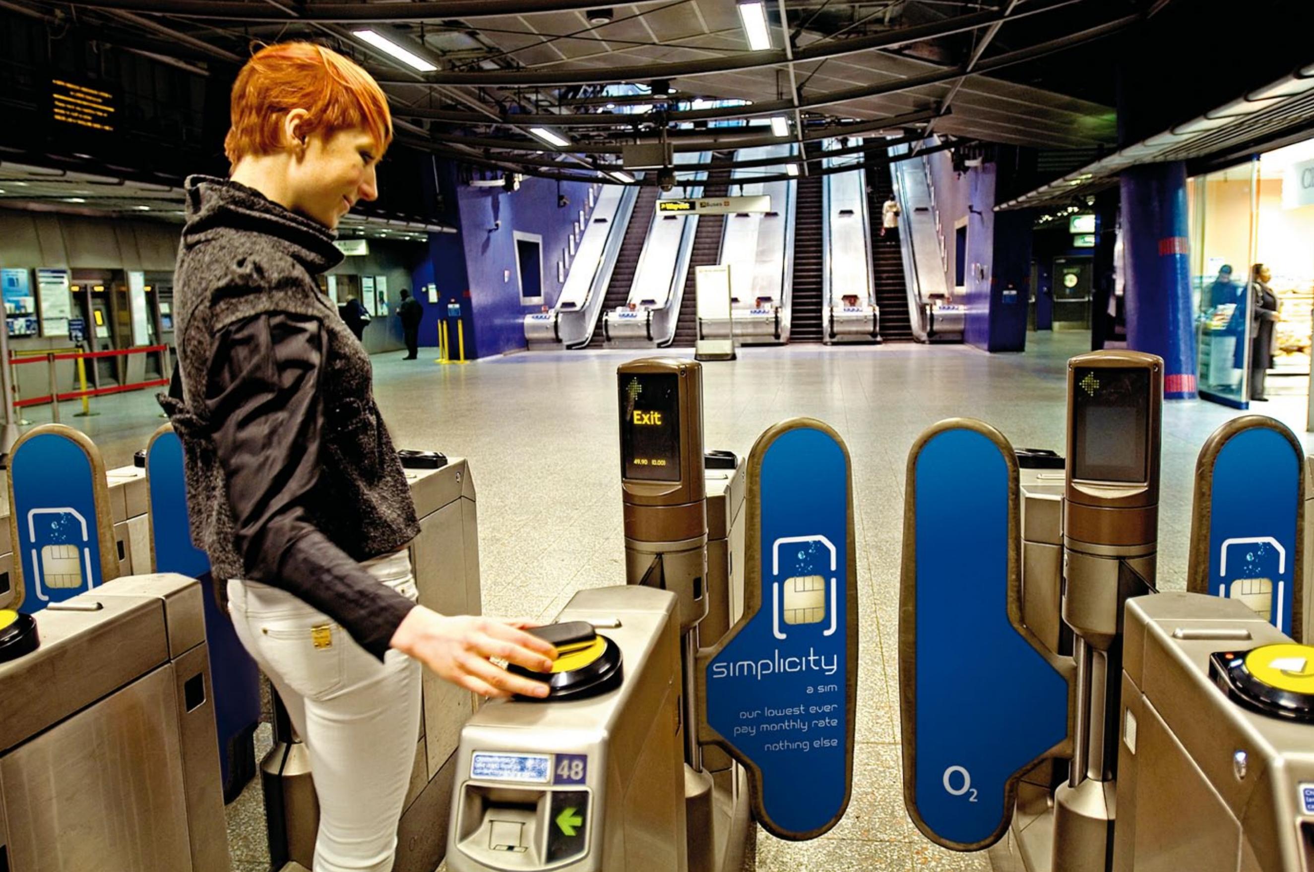 NFC public transportation smartphone