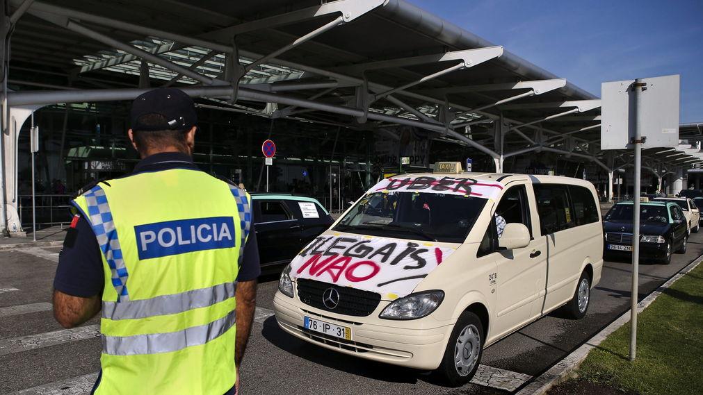 Protestas em Lisboa de alguns taxistas