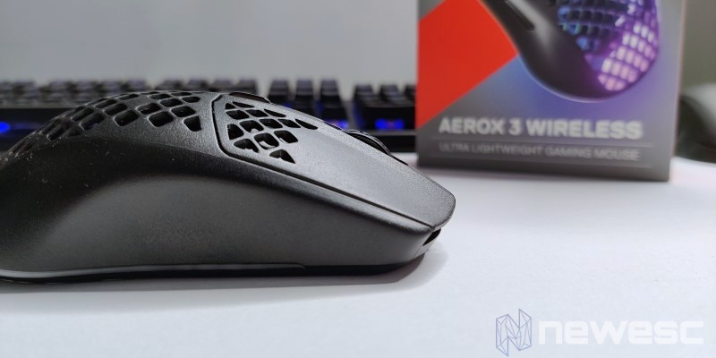 Aerox3 Wireless Scroll