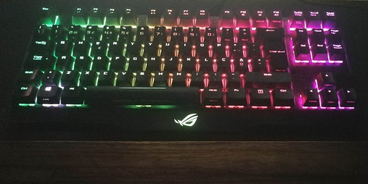 Asus ROG Claymore Cherry MX Red