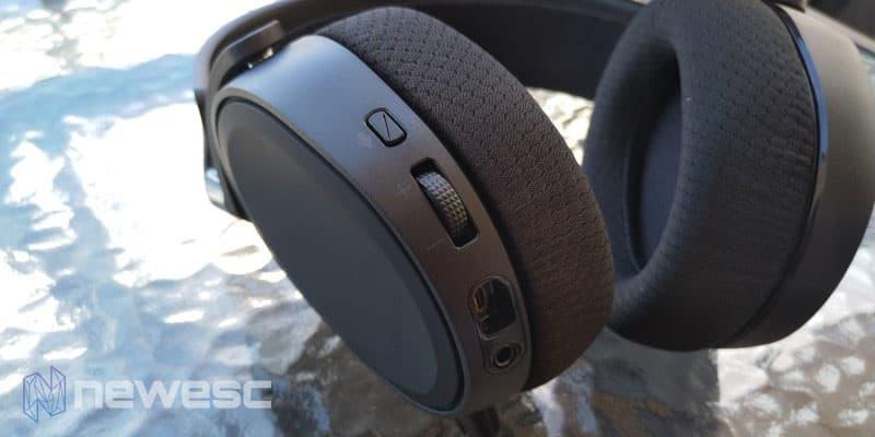 Review Arctis 3 Auricular esquerdo